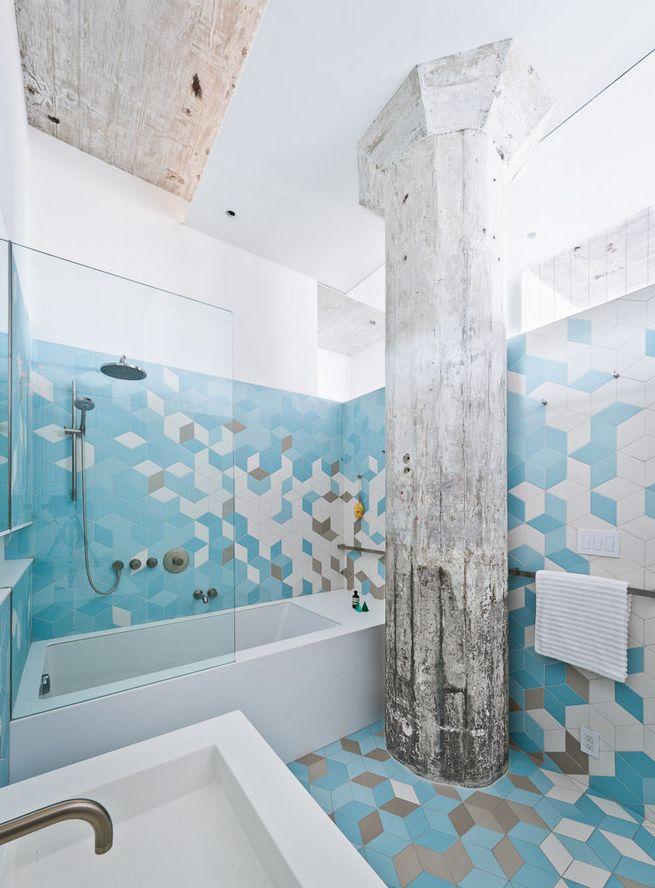 8 Surprisingly Colorful Bathrooms