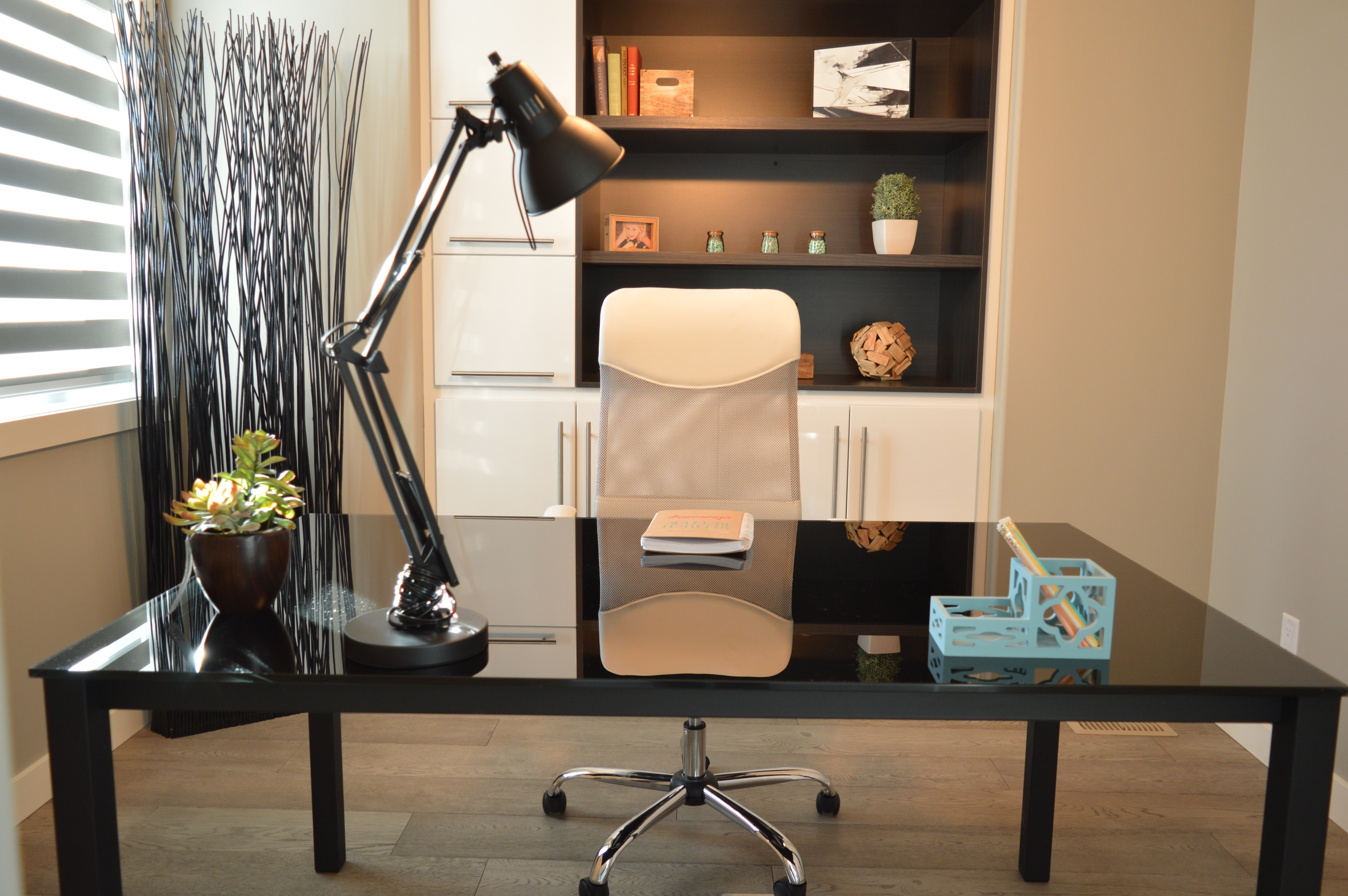 modern design lamps Makeover Your Office: Modern Design Lamps To Inspire You! Makeover your office Modern Design Lamps to inspire you 8