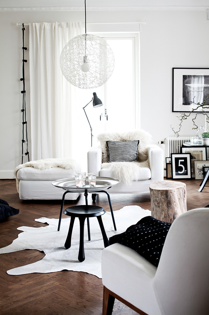 INDUSTRIAL LIVING ROOMS: CONCRETE WALLS AND VINTAGE LIGHTING INDUSTRIAL  LIVING ROOMS INDUSTRIAL LIVING ROOMS: