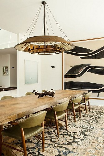 get the look 17 mid century modern  modern  dining area raw edge dining table, leather dining chairs, chandelier