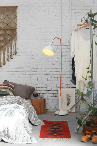 Use white lamps for a peaceful home design 1