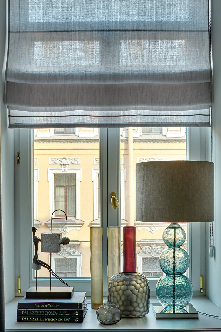 Apartment in Russia featuring midcentury modern furniture & lighting (3)