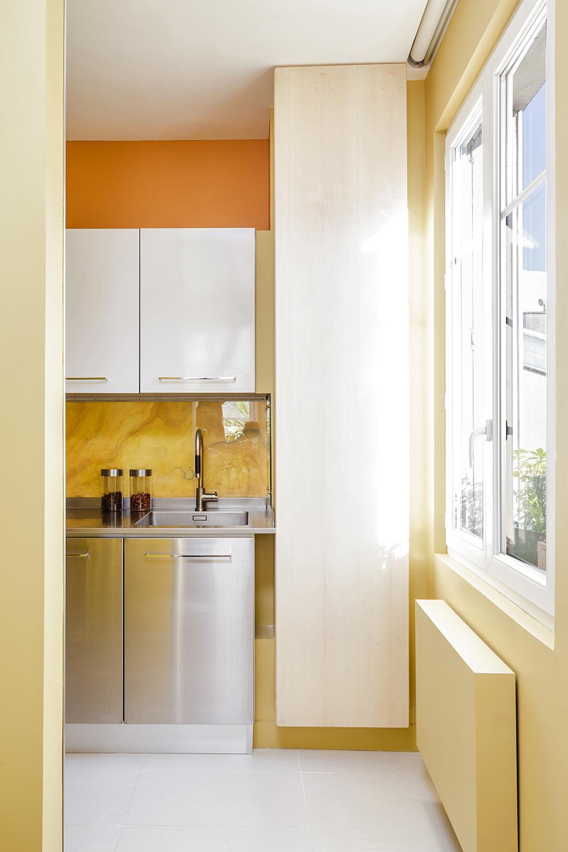 "THE SHIFT"", A FENG SHUI MODERN HOME IN PARIS"