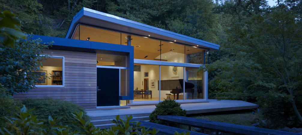 California Modern House Nestled Between A Stream And A