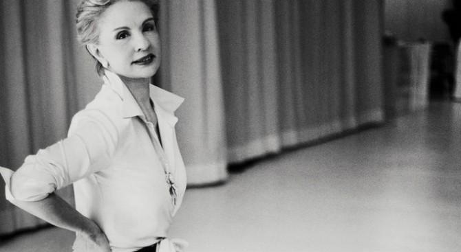 Carolina-Herrera-Biography-Fashion-Design-Weeks-3
