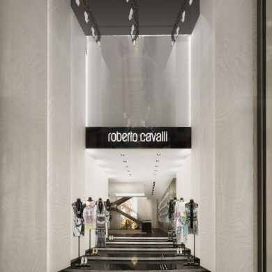 ROBERTO CAVALLI OPENS THE LARGEST BOUTIQUE IN THE WORLD IN MILAN