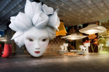 Quasar_DeLuxeTower_Lobby by marcel wanders