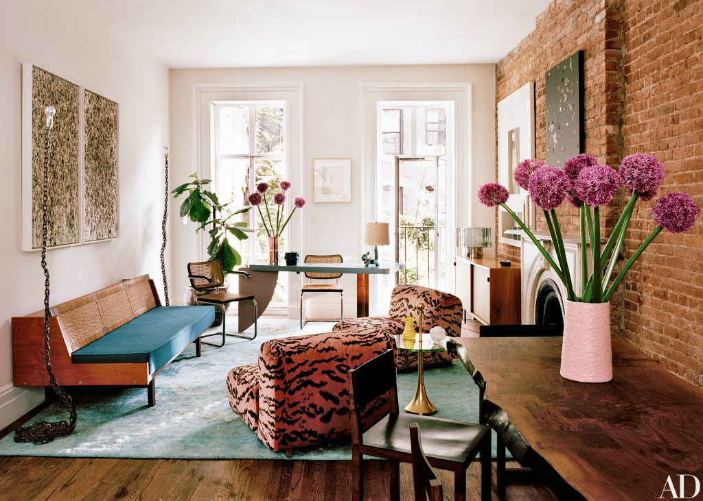 HOW TO USE ANIMAL PRINTS IN YOUR HOME DECOR