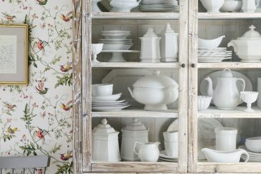 Vintage Home Design Ideas to Steal From Your Grandma's Decor 3