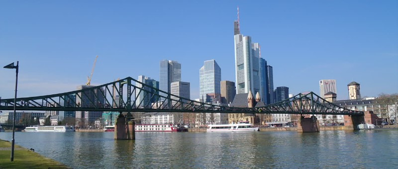 Frankfurt Travel Guide 8 places to visit in one day !