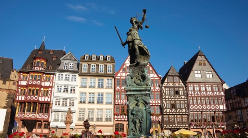 Frankfurt Travel Guide 8 places to visit in one day ! 2