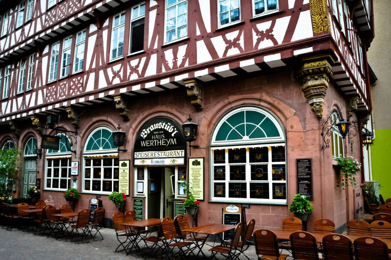 Frankfurt Travel Guide 8 places to visit in one day ! 4
