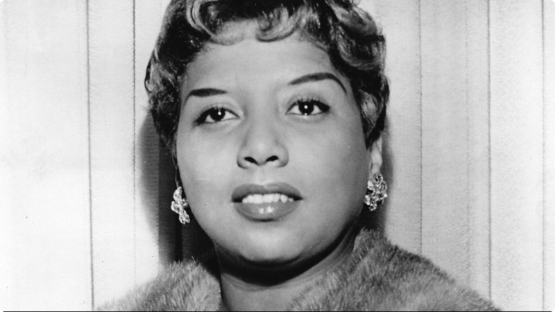 Celebrate Etta Jones' Birthday With a Special Lighting Design Family!