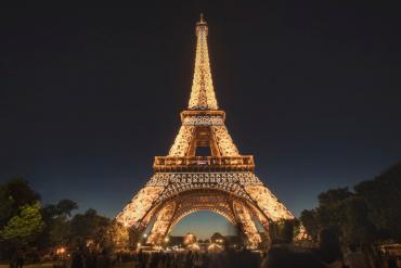 Lampes Milieu du Siècle Qui Arrivent À Maison et Objet 2019