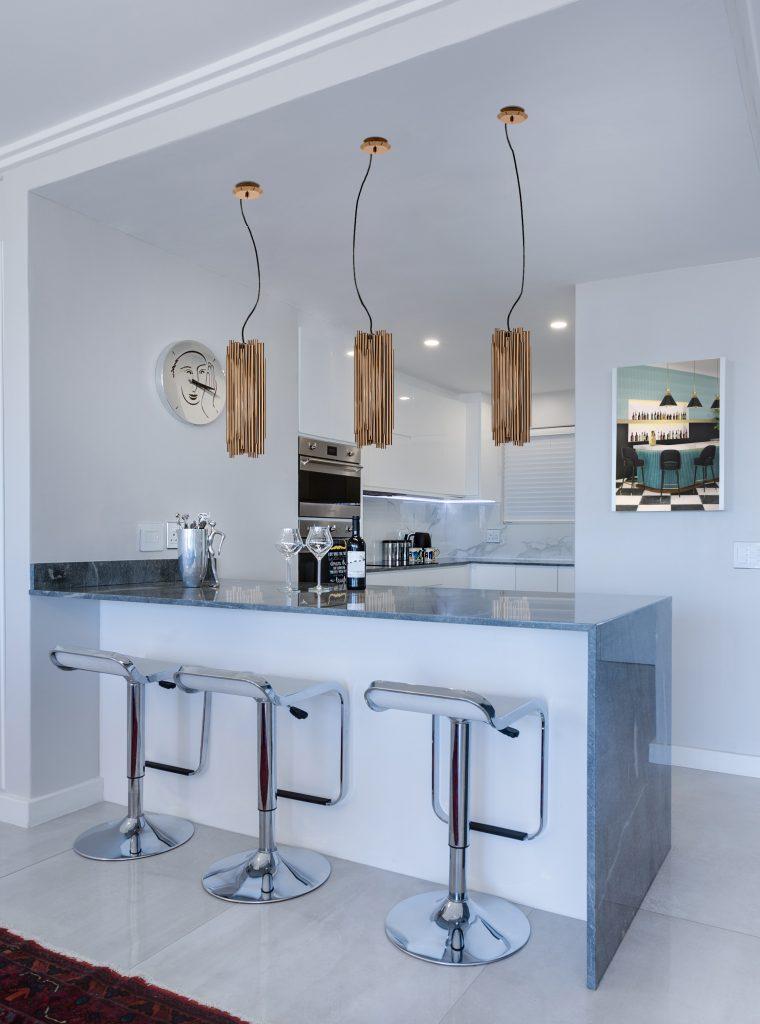 Cozinhas-Simples-e-Elegantes-7-Dicas-Para-Iluminar-O-Espaço