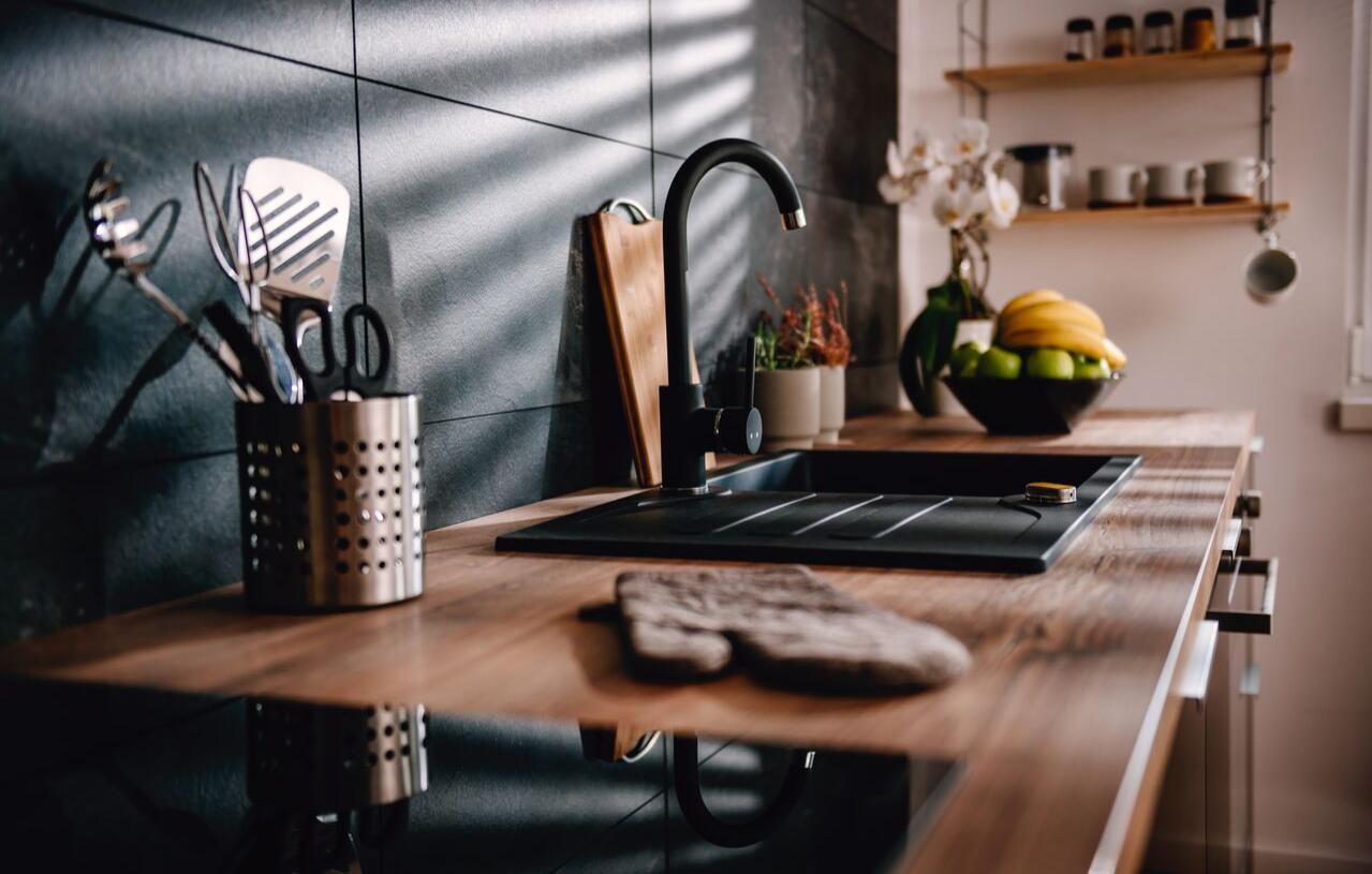 Cozinhas Simples e Elegantes 7 Dicas Para Iluminar O Espaço 8