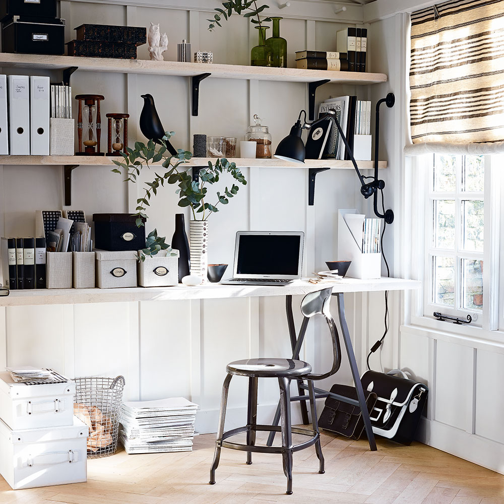 Turn Your Home Office into Your Dream Workspace In (Just!) 5 Steps 🖥