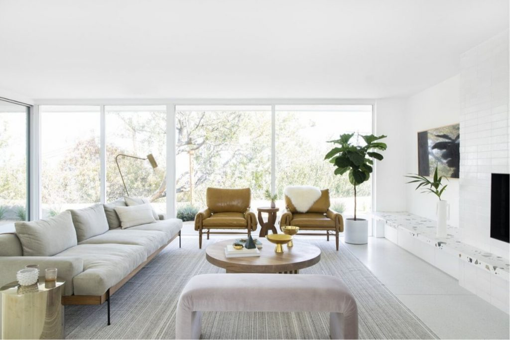Get inside: Mandy Moore reveals us her mid-century house!