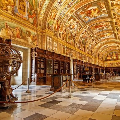 Royal Palaces fairy tales inside your home without having to leave your couch! 9
