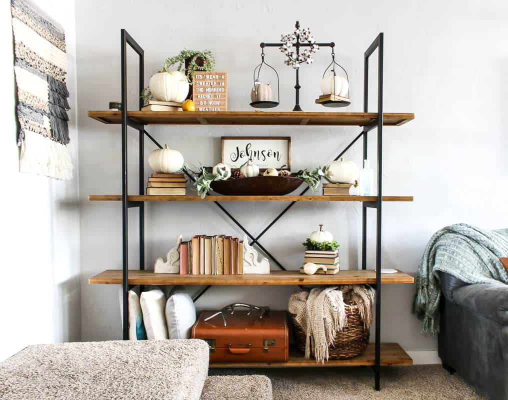 Shelves ideas to maximize your space with style! 1