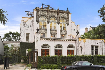 Get inside Be Crazy in love with Beyoncé and Jay-z ´s house in New Orleans