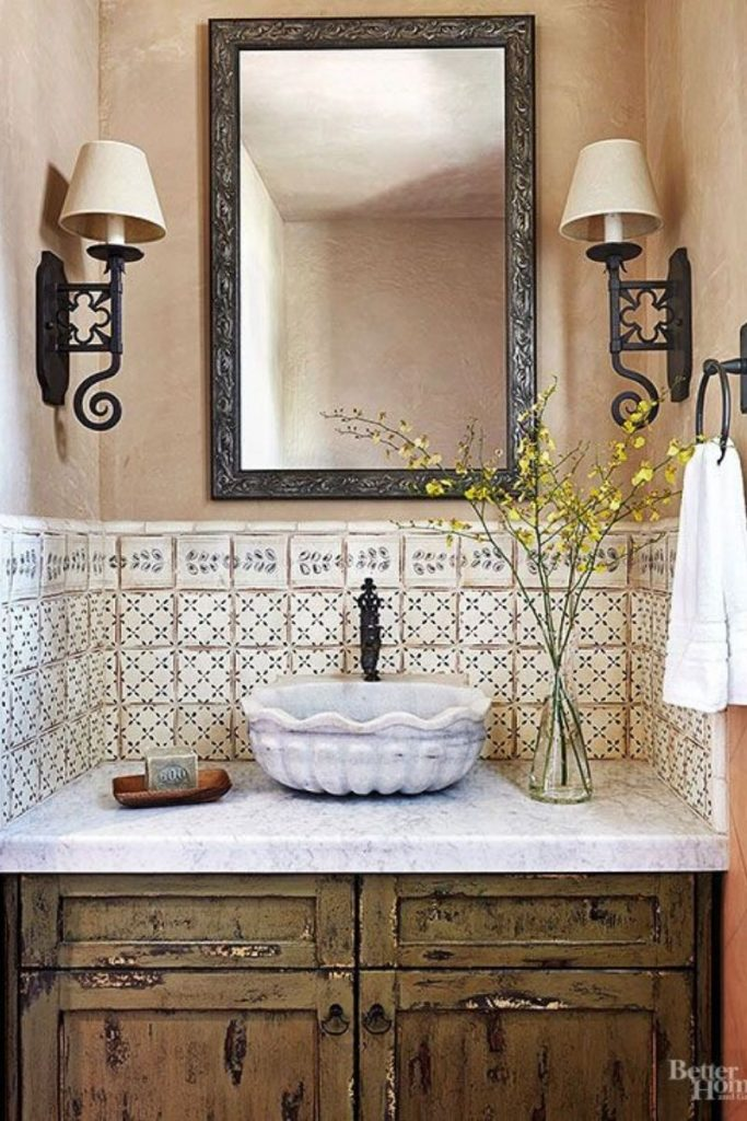 How To Design The Perfect Spanish Bathroom - Incorporating Mid Century Pieces!