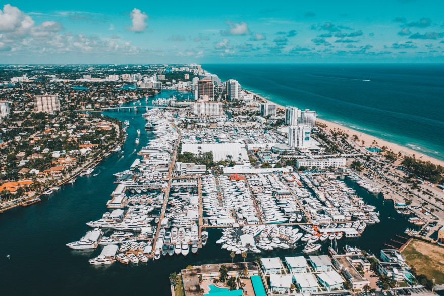 Discover The Mid Century Pieces That Will Be On Board Of Fort Lauderdale International Boat Show 2020!