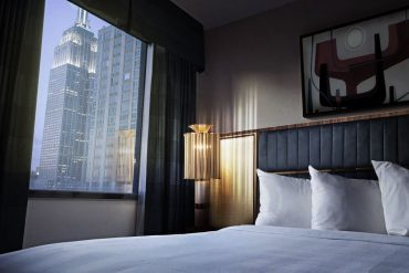 MID-CENTURY MODERN LIGHTING FOR YOUR BEDROOM