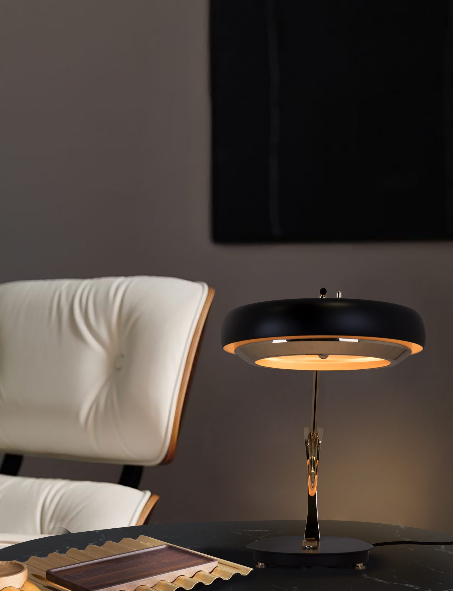 BRIGHTEN UP YOUR SPACE WITH THIS DESK LAMP