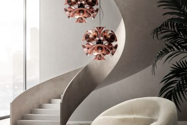 BE INSPIRED BY THIS ELEGANT ENTRANCE HALL