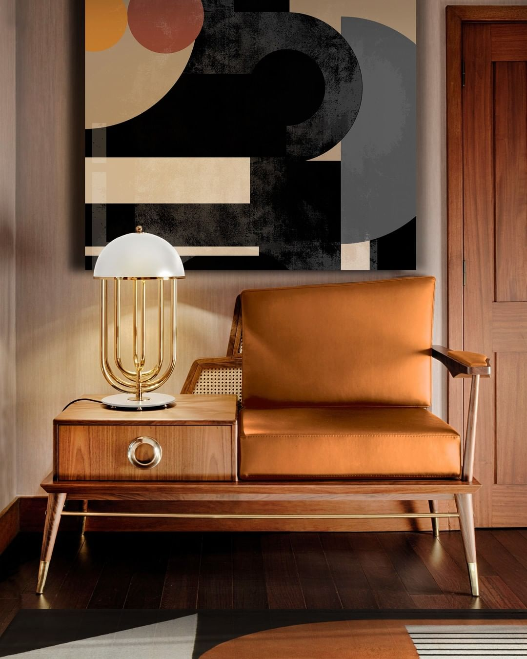 AN AMAZING TABLE LAMP TO ELEVATE YOUR ENTRYWAY
