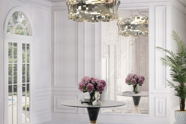 GLAMOROUS ENTRANCE HALL WITH SOPHISTICATED CHANDELIER